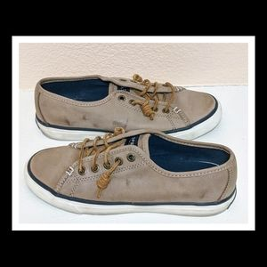 Seacoast Weathered Brown Sneaker Super Comfy Sz 7